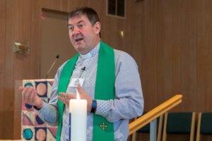 andries-Coetzee-pastor-upc